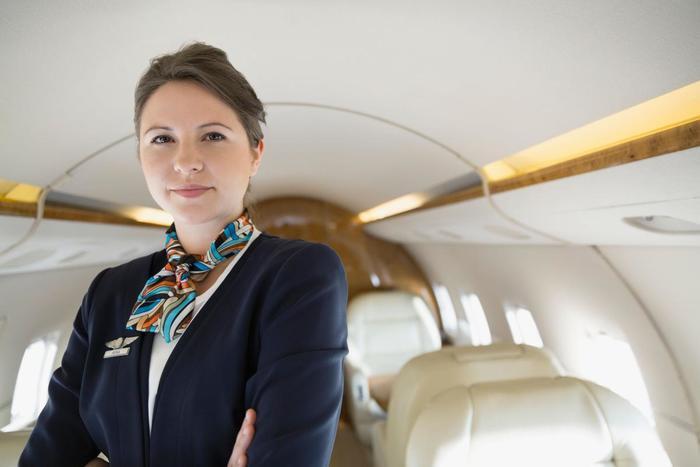 Quel est l'âge limite pour le métier d'hôtesse de l'air ?