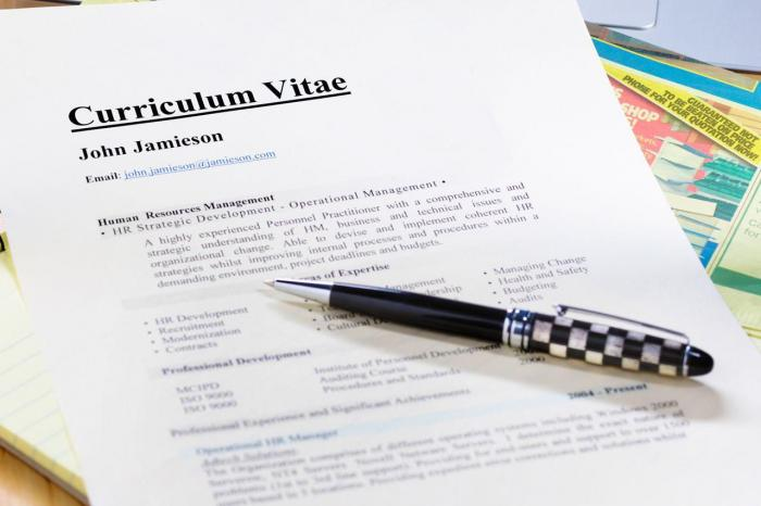 CV hôtesse de caisse: ce qu'il faut pour décrocher un poste.