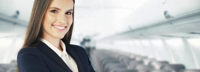 Taille de l'hôtesse de l'air : les critères pour cet emploi !
