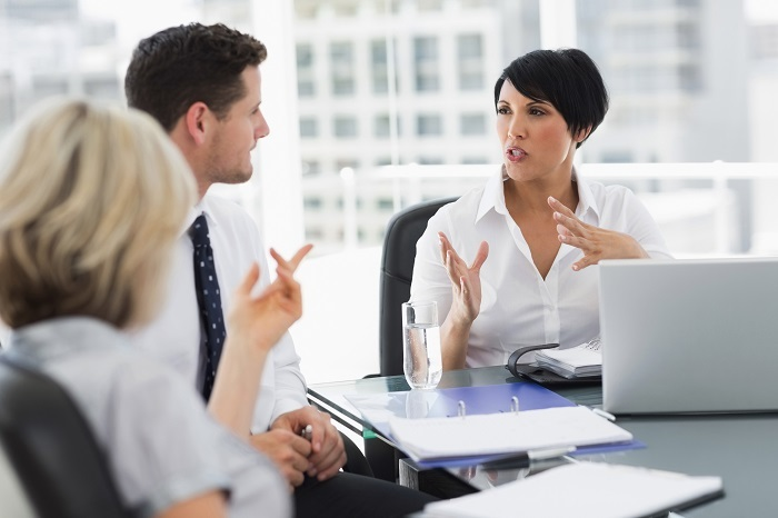 Formation rémunérée d'hôtesse d'accueil, tout savoir sur le métier