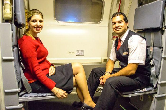 Hotesse de l'air et steward : quels sont leurs rôles ?