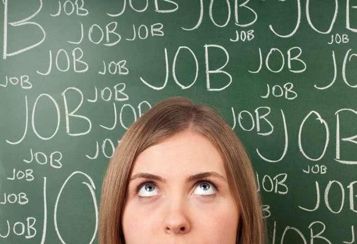 Hôtesse d'accueil job d'été : nos conseils pour trouver un poste !